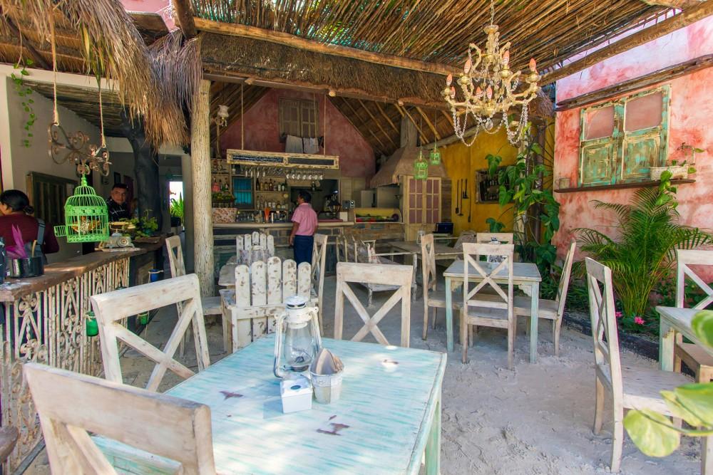 Posada Punta Piedra, the restaurant