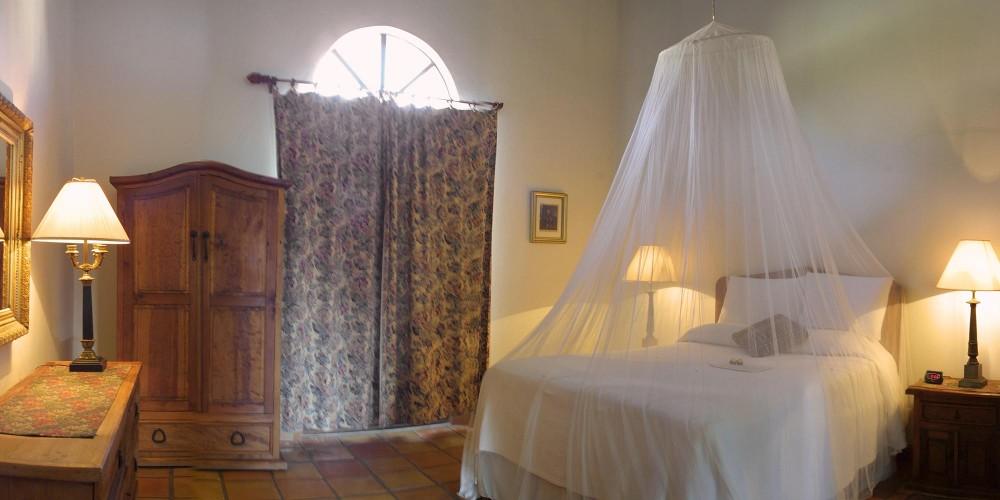Todos Santos Inn, a Terrace room