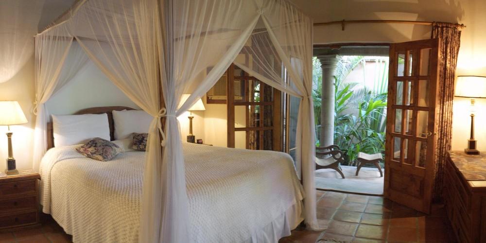 Todos Santos Inn, a Garden Suite